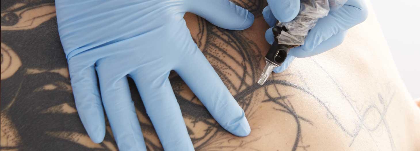 tatouage artistique au centre Sublima, Lille